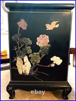20th century cabinet chinoiserie hand painted vintage Chinese furniture