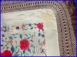 BEAUTIFUL ANTIQUE VINTAGE EARLY 20TH c CHINESE CANTONESE EMBROIDERED PIANO SHAWL