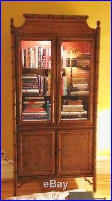 Vintage Dixie Tahiti Faux Bamboo Pagoda Chinese Chippendale China Cabinet
