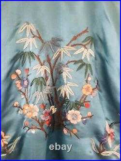 Vtg Chinese Qing Dynasty Deco Embroidered Antique Robe Pajama Lounge Set