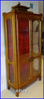 Vtg Mid-Century Asian Chinese Chinoiserie Pagoda China Curio Display Cabinet
